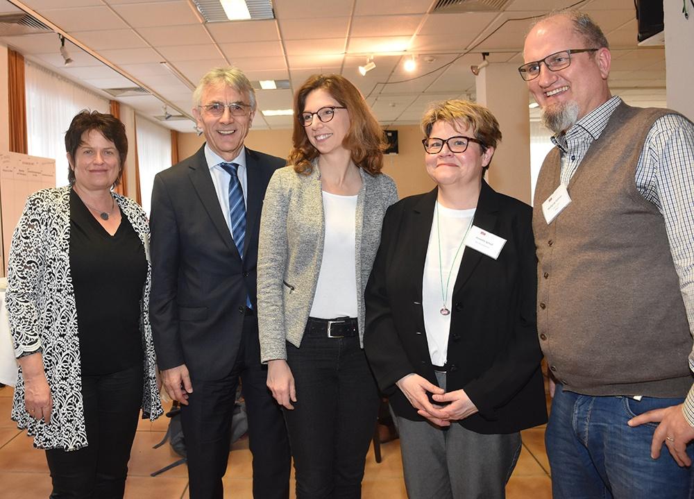 v.l.n.r. Gabriella Hinn und Franz-Ludwig Blömker (BaS), Sabine Bätzing-Lichtenthäler (MSAGD Mainz), Annette Scholl (BaS), Wolfgang Siebner (Bingen)