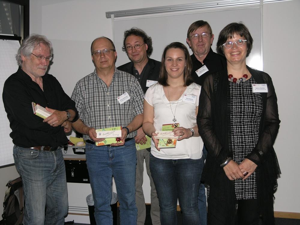 Gruppenbild mit Teilnehmenden
